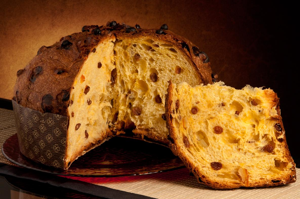 Italian Good News Italians savour panettone to keep Christmas sweet in ...