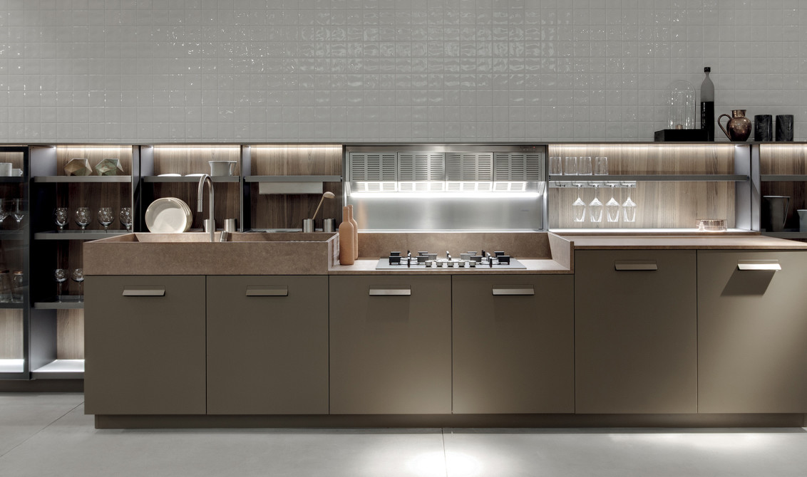 the italian producer of top range kitchens ernestomeda has just joined the selected group of companies that has obtained the rating 1 evaluation from cribis - Italian Kitchen Companies